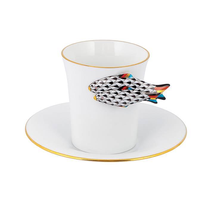 Desenleri ortaya çıkaran bir diğer unsur da formlar... Bir fincanı özel, ayrıcalıklı bir hale getirmek için bundan daha etkili bir yol var mı dersiniz?