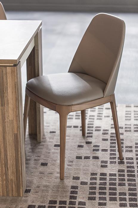 Lucido-sandalye