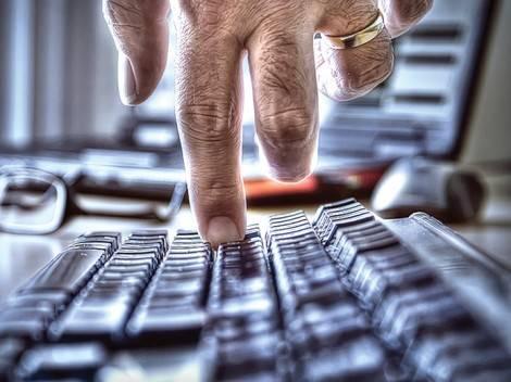 Klavye delikanlısı mıyız? Yoksa özendiğimiz kadar mıyız?